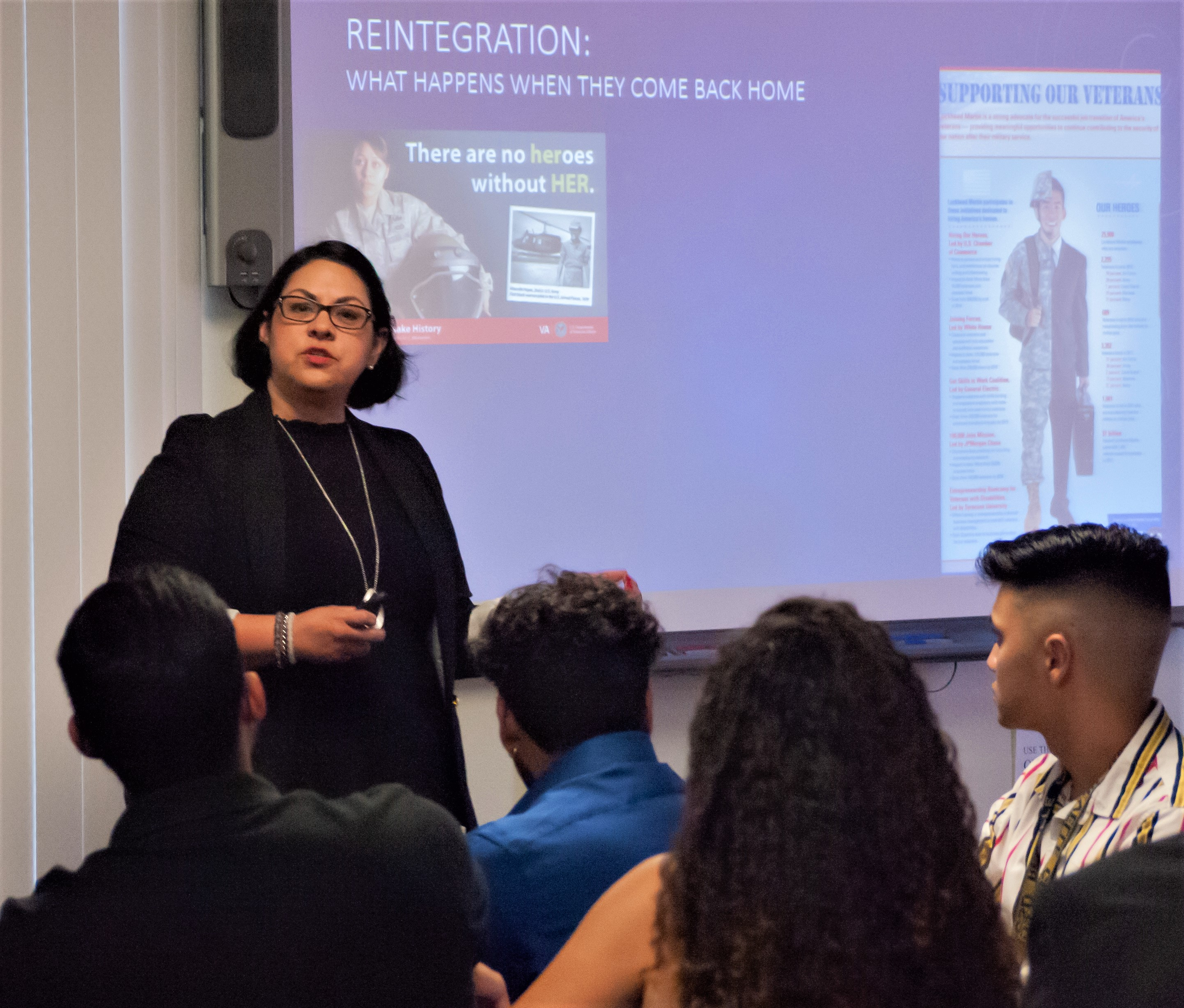 Georgia Martinez (SAC Health System) presents to MHPP students